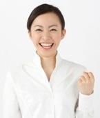 理想の条件の職場で働いてる女性のイメージ写真